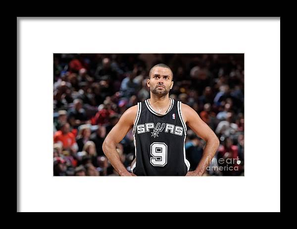 Nba Pro Basketball Framed Print featuring the photograph San Antonio Spurs V New York Knicks by David Dow