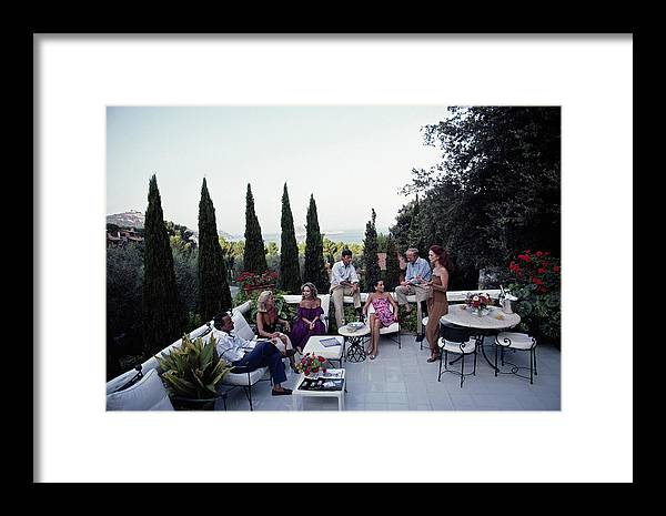 1980-1989 Framed Print featuring the photograph Scio Guests by Slim Aarons