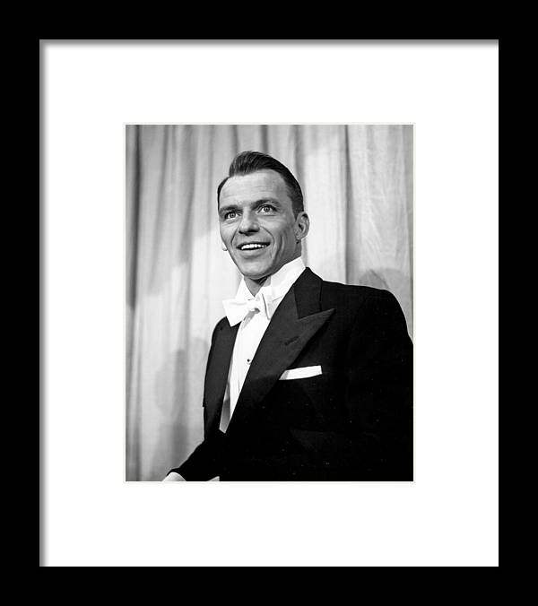 Singer Framed Print featuring the photograph Sinatra At The Academy Awards by Michael Ochs Archives