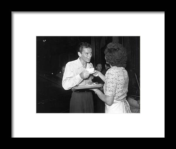 Singer Framed Print featuring the photograph Sinatra In London by Express Newspapers