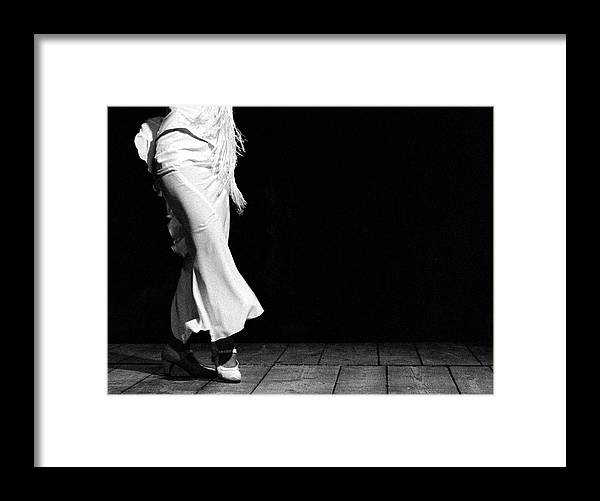 Ballet Dancer Framed Print featuring the photograph Starting Flamenco by T-immagini