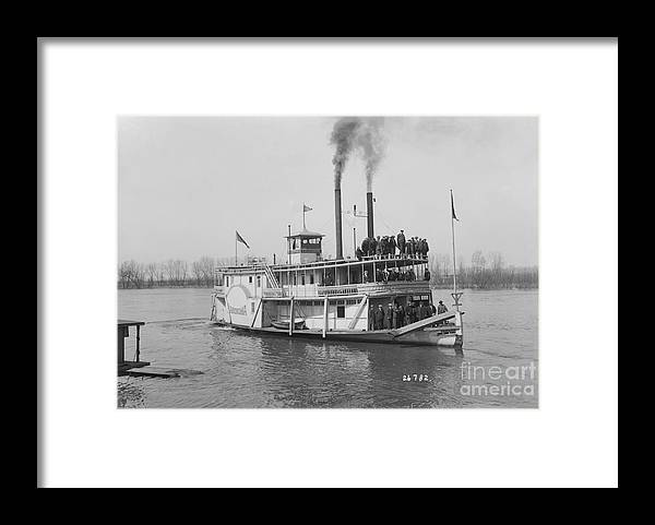 People Framed Print featuring the photograph Steamboat Offshore by Bettmann