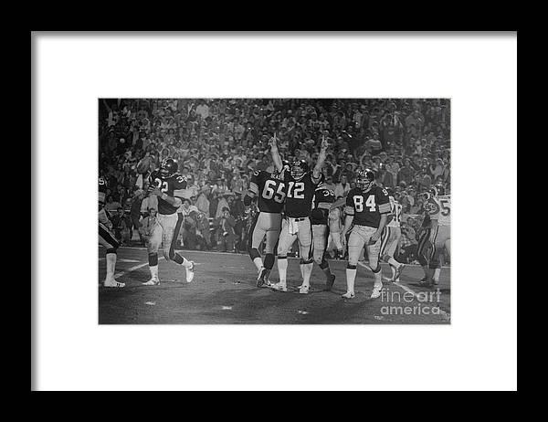 1980-1989 Framed Print featuring the photograph Super Bowl Xiv by Bettmann