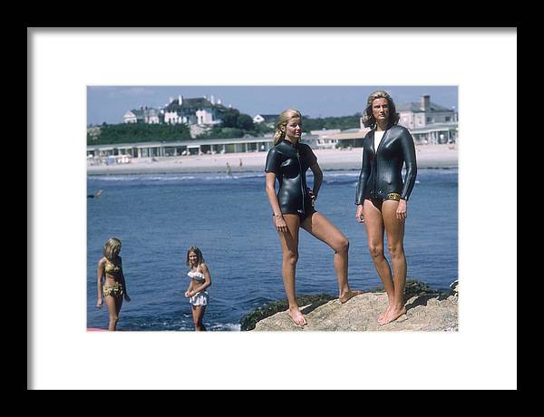 Mid Adult Women Framed Print featuring the photograph Swimmers At Newport by Slim Aarons