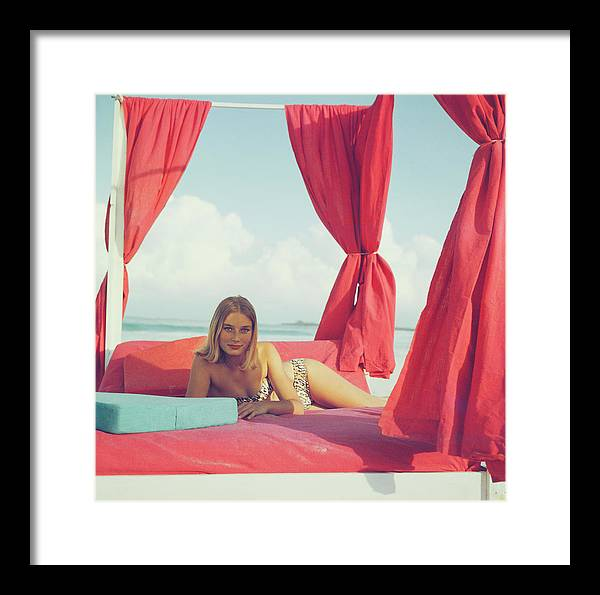 People Framed Print featuring the photograph Tania Mallet by Slim Aarons