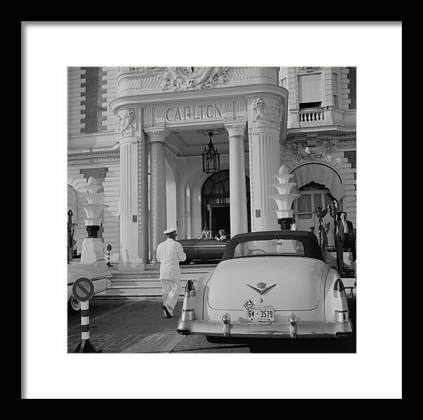 People Framed Print featuring the photograph The Carlton Hotel by Slim Aarons