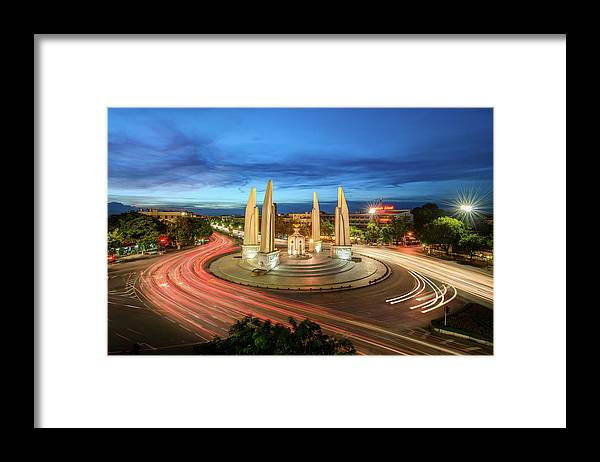 Built Structure Framed Print featuring the photograph The Democracy Monument by Thanapol Marattana