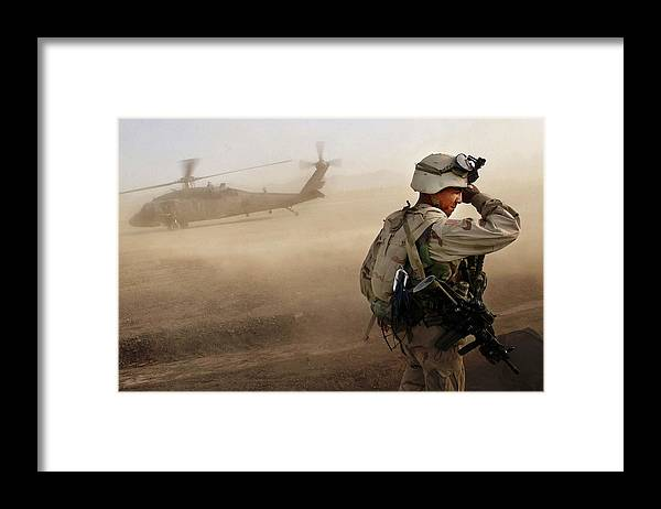 War Framed Print featuring the photograph Us Soldiers On Special Operations In by Chris Hondros