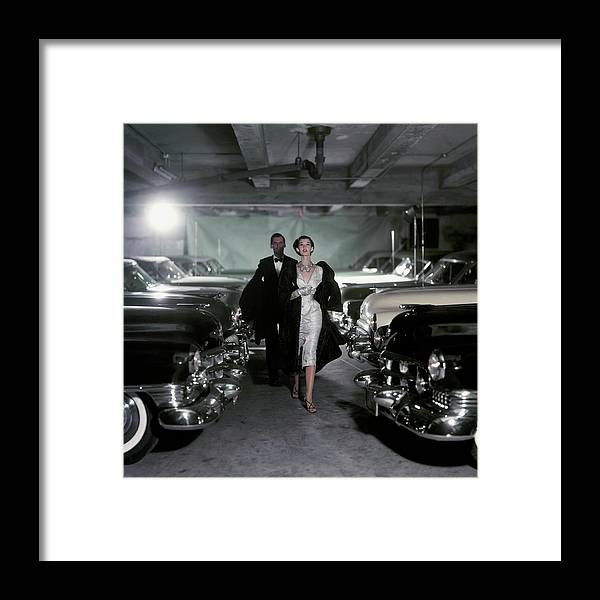 People Framed Print featuring the photograph Vogue 1952 by John Rawlings