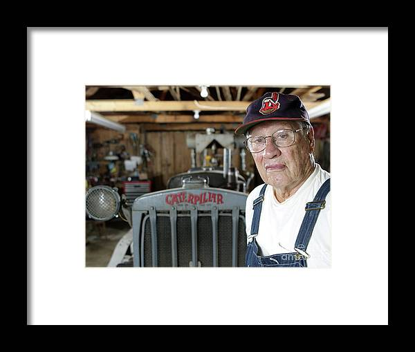 People Framed Print featuring the photograph Bob Hall by Icon Sports Wire