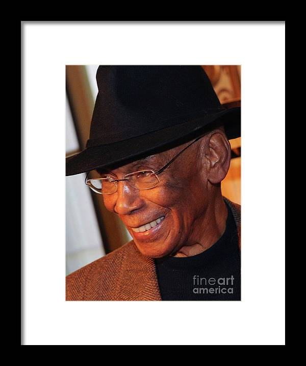 People Framed Print featuring the photograph Ernie Banks by Rick Diamond