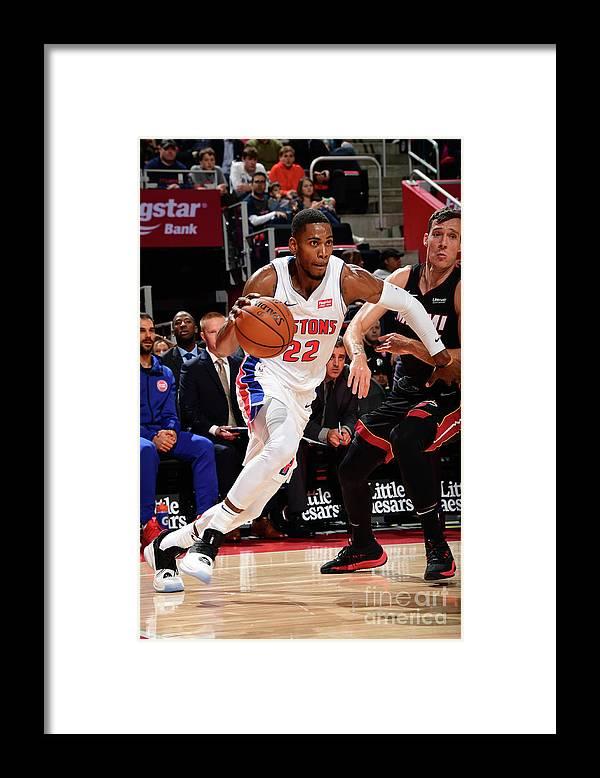 Nba Pro Basketball Framed Print featuring the photograph Glenn Robinson by Chris Schwegler