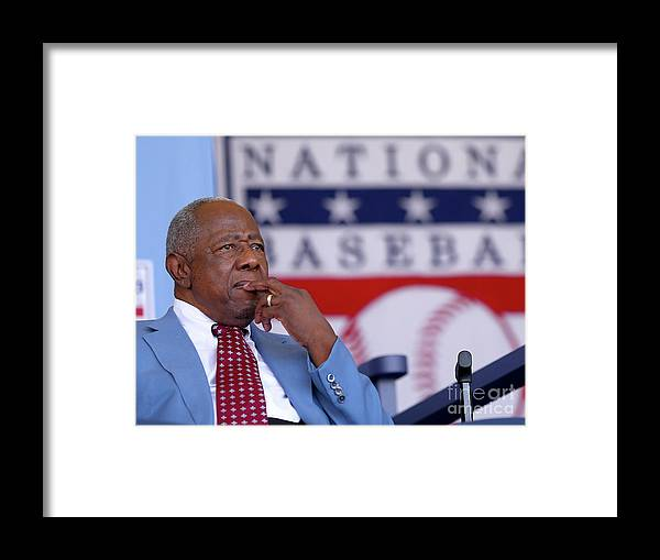 People Framed Print featuring the photograph Hank Aaron by Elsa