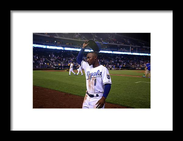 Crowd Framed Print featuring the photograph Jarrod Dyson by Ed Zurga