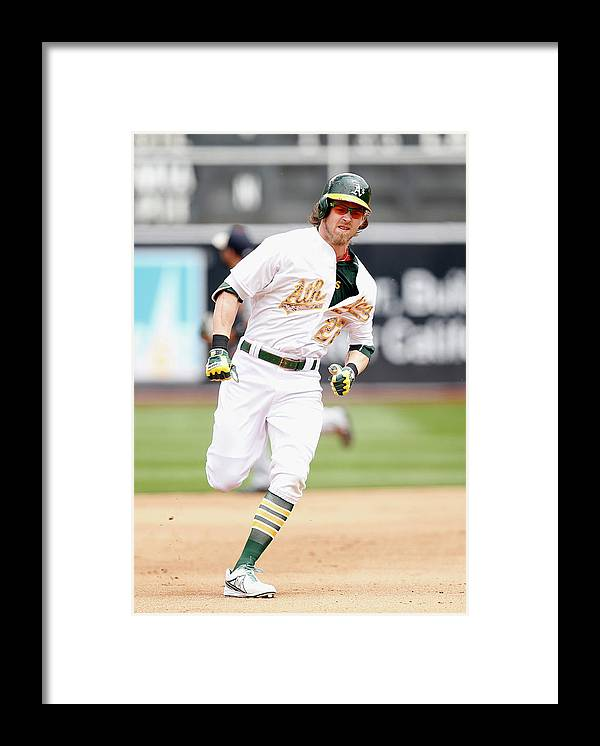 People Framed Print featuring the photograph Josh Reddick by Ezra Shaw