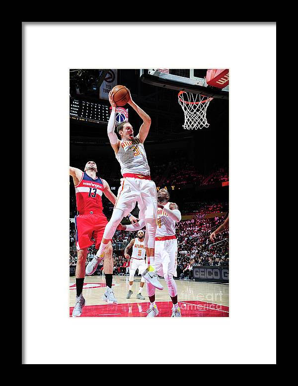 Atlanta Framed Print featuring the photograph Mike Muscala by Scott Cunningham