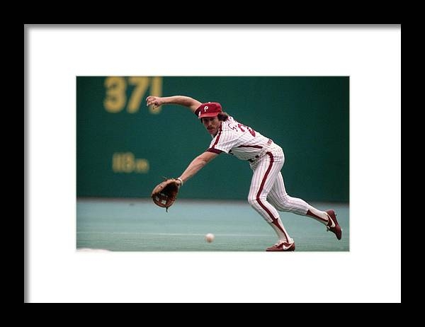 1980-1989 Framed Print featuring the photograph Mike Schmidt by Ronald C. Modra/sports Imagery