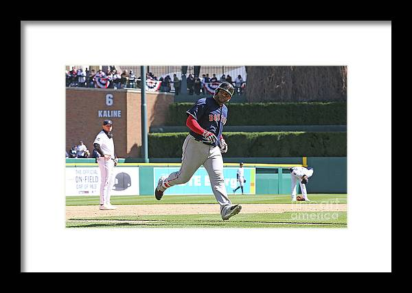 People Framed Print featuring the photograph Pablo Sandoval by Leon Halip