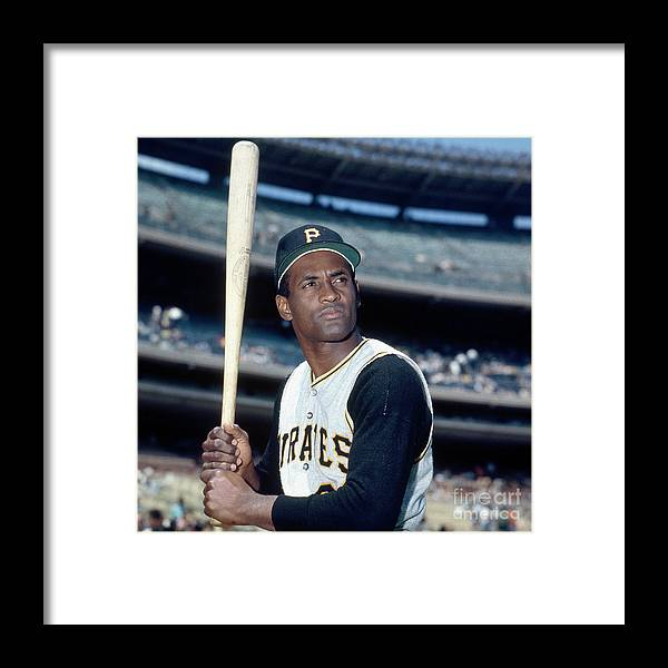 National League Baseball Framed Print featuring the photograph Roberto Clemente by Louis Requena
