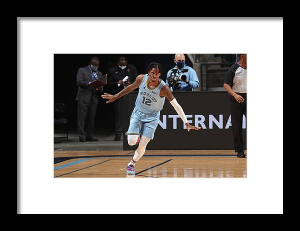 Nba Pro Basketball Framed Print featuring the photograph San Antonio Spurs v Memphis Grizzlies by Joe Murphy