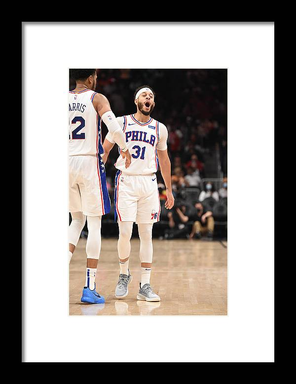 Atlanta Framed Print featuring the photograph Seth Curry by David Dow
