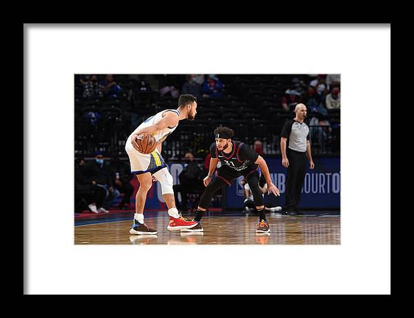 Nba Pro Basketball Framed Print featuring the photograph Stephen Curry and Seth Curry by David Dow