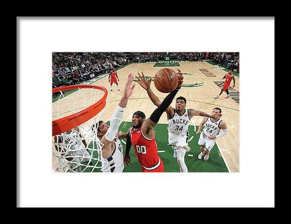 Nba Pro Basketball Framed Print featuring the photograph Carmelo Anthony by Gary Dineen