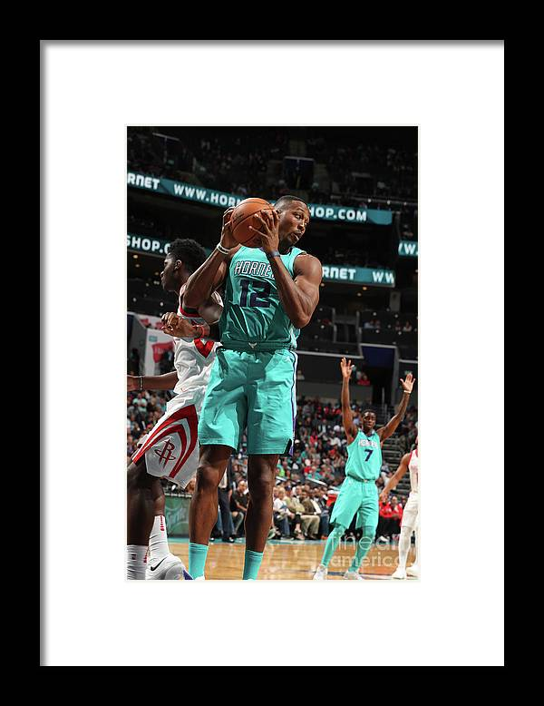 Nba Pro Basketball Framed Print featuring the photograph Dwight Howard by Kent Smith