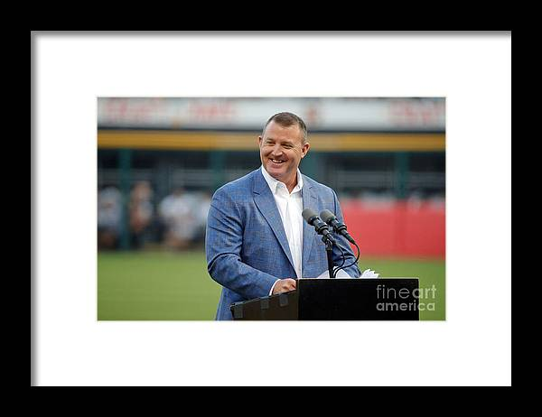 People Framed Print featuring the photograph Jim Thome by Jon Durr