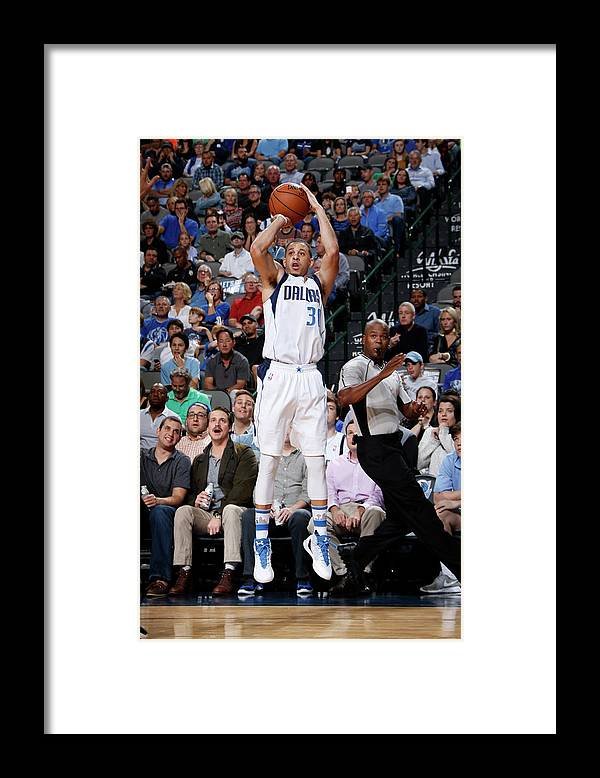 Nba Pro Basketball Framed Print featuring the photograph Seth Curry by Glenn James