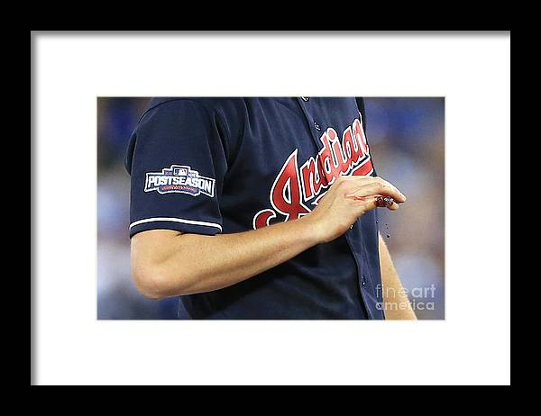 People Framed Print featuring the photograph Trevor Bauer by Vaughn Ridley