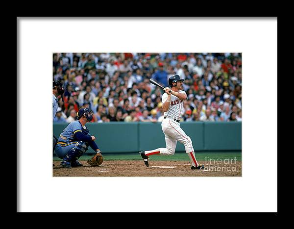 1980-1989 Framed Print featuring the photograph Carl Yastrzemski by Rich Pilling