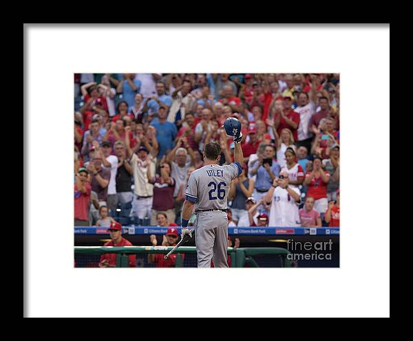 Crowd Framed Print featuring the photograph Chase Utley by Mitchell Leff