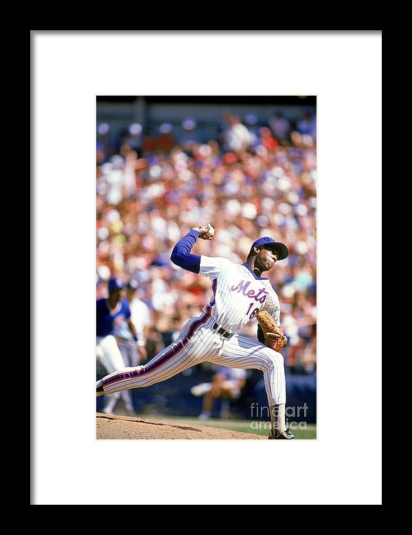 Dwight Gooden Framed Print featuring the photograph Dwight Gooden by Rich Pilling