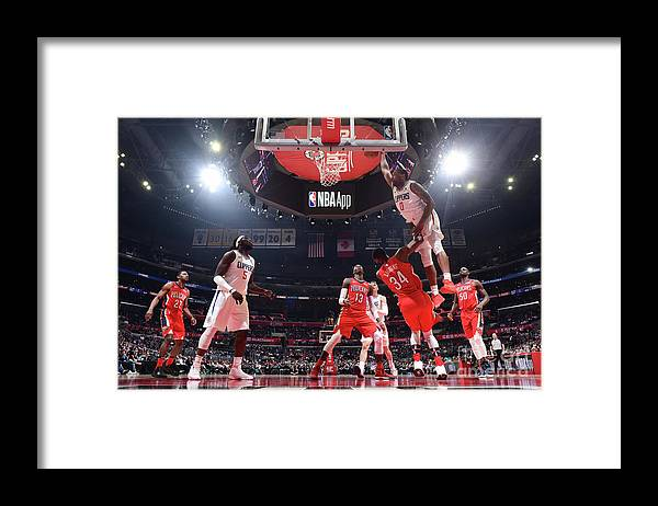 Sindarius Thornwell Framed Print featuring the photograph Sindarius Thornwell by Andrew D. Bernstein
