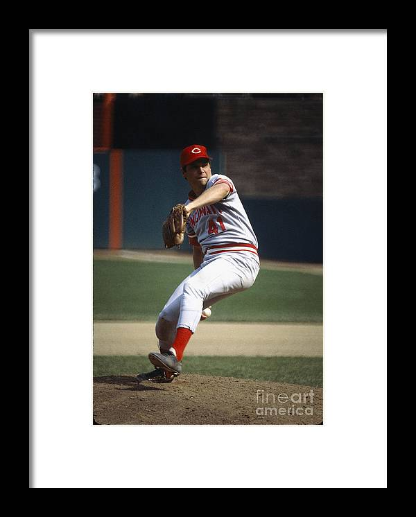 Tom Seaver Framed Print featuring the photograph Tom Seaver by Rich Pilling