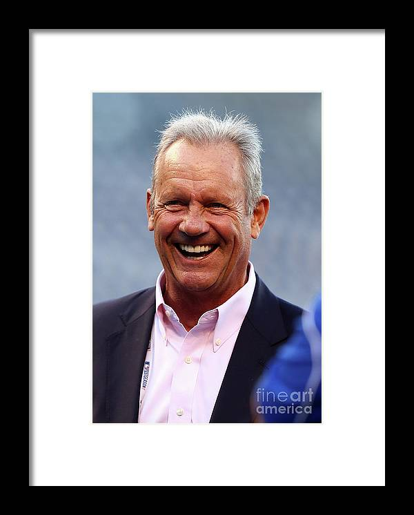 People Framed Print featuring the photograph George Brett by Elsa