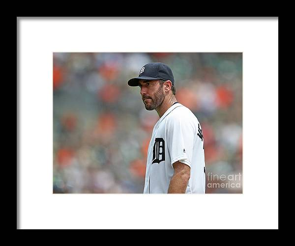 People Framed Print featuring the photograph Justin Verlander by Leon Halip