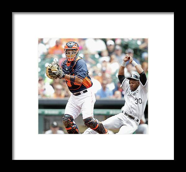 Double Play Framed Print featuring the photograph Alejandro De Aza and Carlos Corporan by Bob Levey