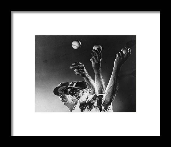 Curve Framed Print featuring the photograph Carl Hubbell by Gjon Mili