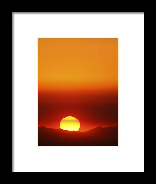Catalina Sunset Framed Print featuring the photograph Catalina Sun by Andre Aleksis