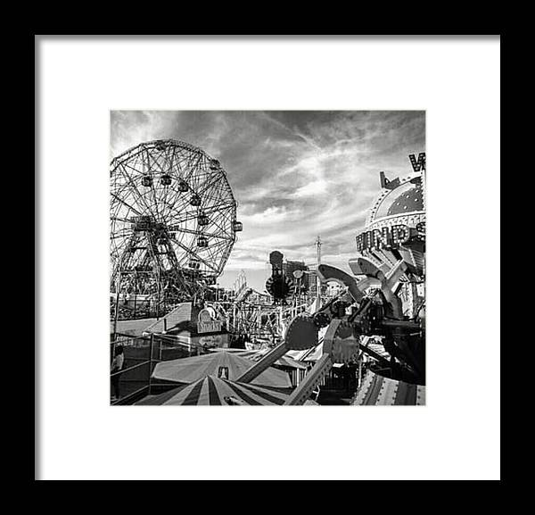 Coney Island Framed Print featuring the photograph Coney Island Wonder Wheel by Bellino