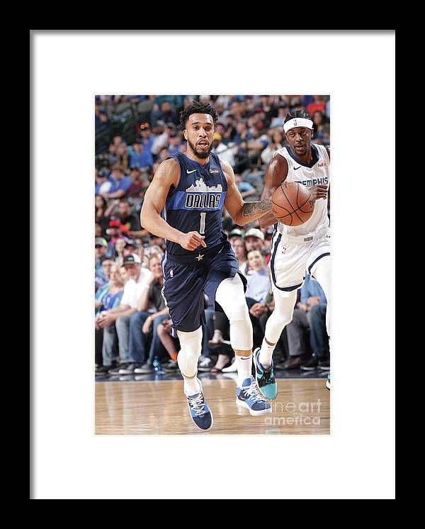 Nba Pro Basketball Framed Print featuring the photograph Courtney Lee by Glenn James