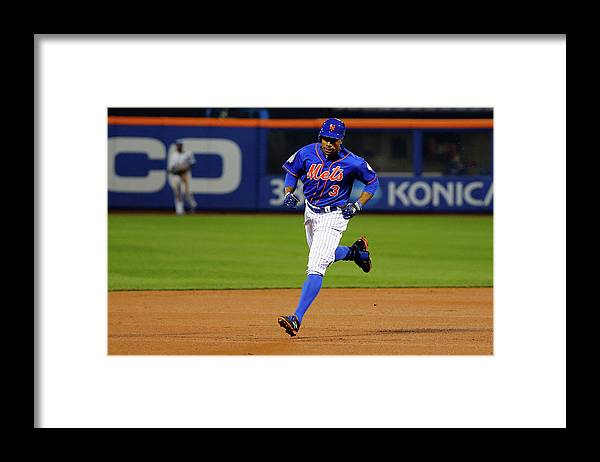 People Framed Print featuring the photograph Curtis Granderson by Al Bello