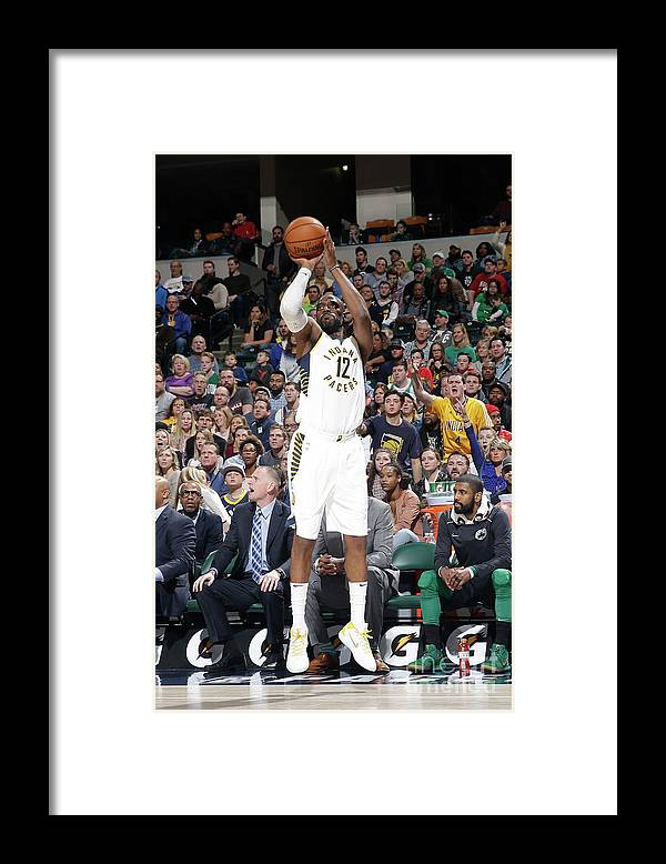 Nba Pro Basketball Framed Print featuring the photograph Damien Wilkins by Nba Photos