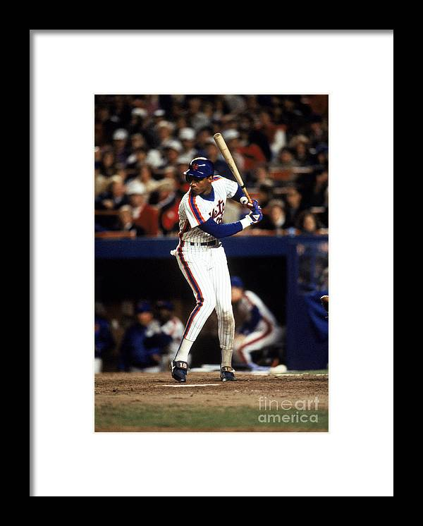 1980-1989 Framed Print featuring the photograph Darryl Strawberry by T.g. Higgins