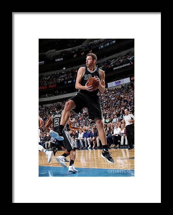 Nba Pro Basketball Framed Print featuring the photograph David Lee by Glenn James