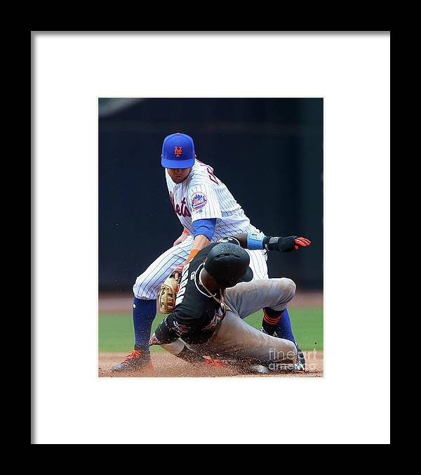 People Framed Print featuring the photograph Dee Gordon by Jim Mcisaac