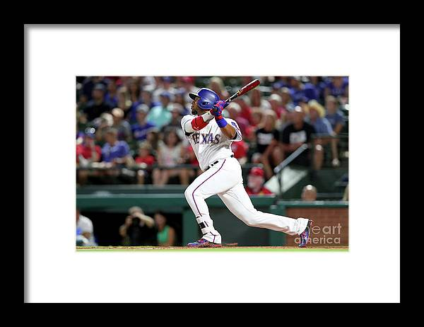 People Framed Print featuring the photograph Delino Deshields by Tom Pennington