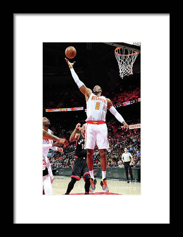 Atlanta Framed Print featuring the photograph Dwight Howard by Scott Cunningham